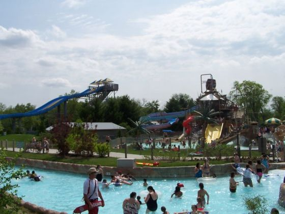 Lazy river and kids area