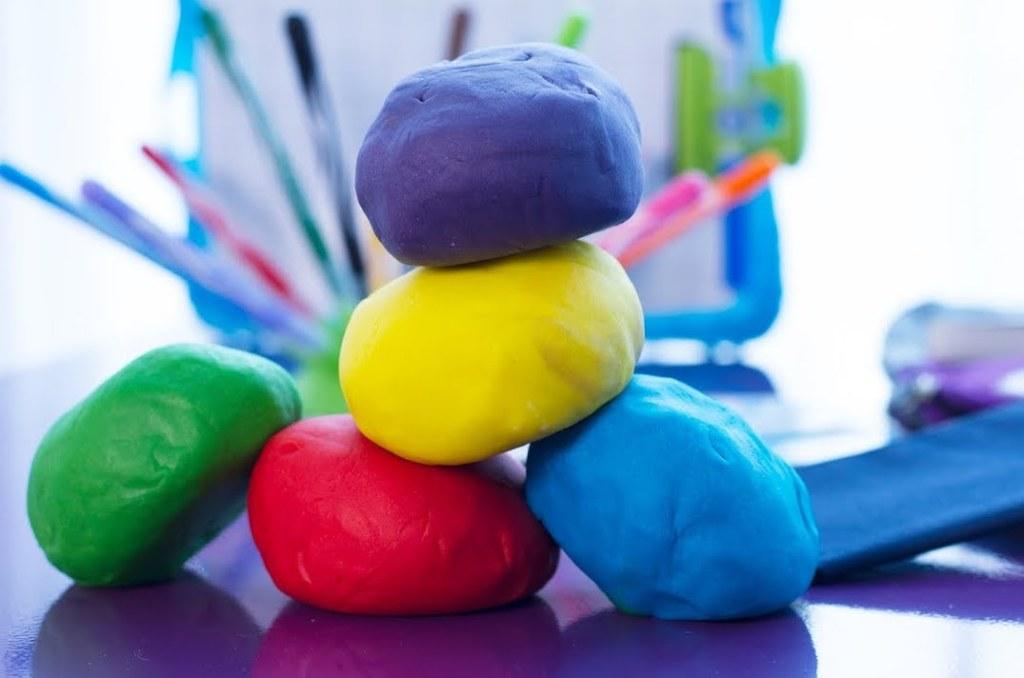 boules de pâte à modeler