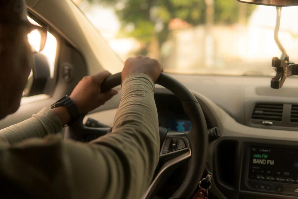 Chauffeur dans sa voiture