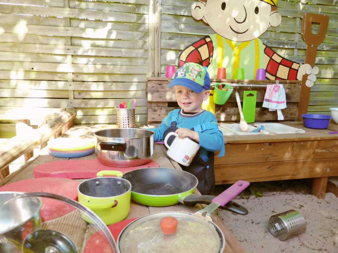 Outdoor-Kinderküche-Kid-Zone-Kinderbetreuung-5