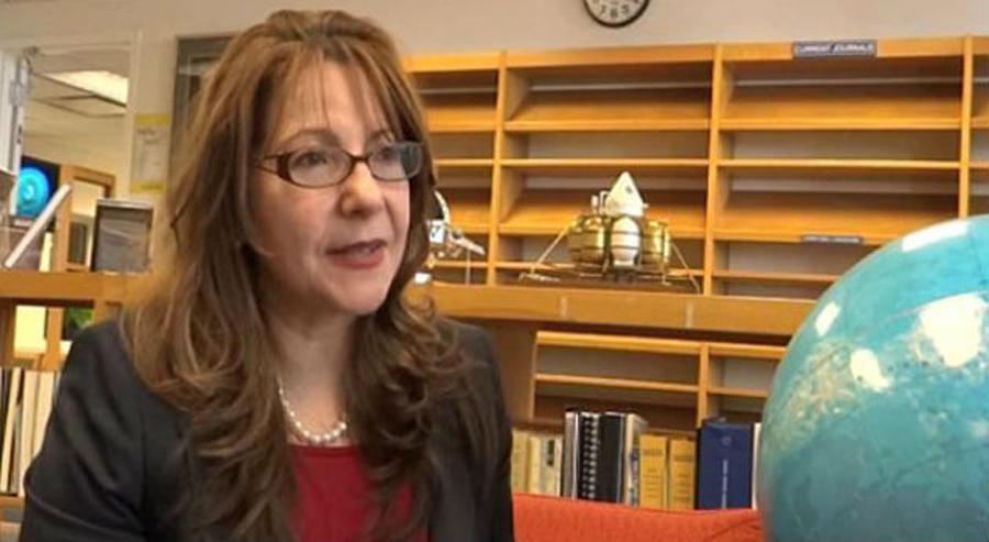 Adriana Ocampo NASA, Kienyke