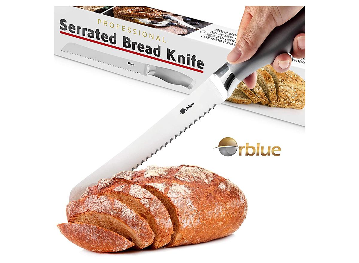 serrated knife cutting bread