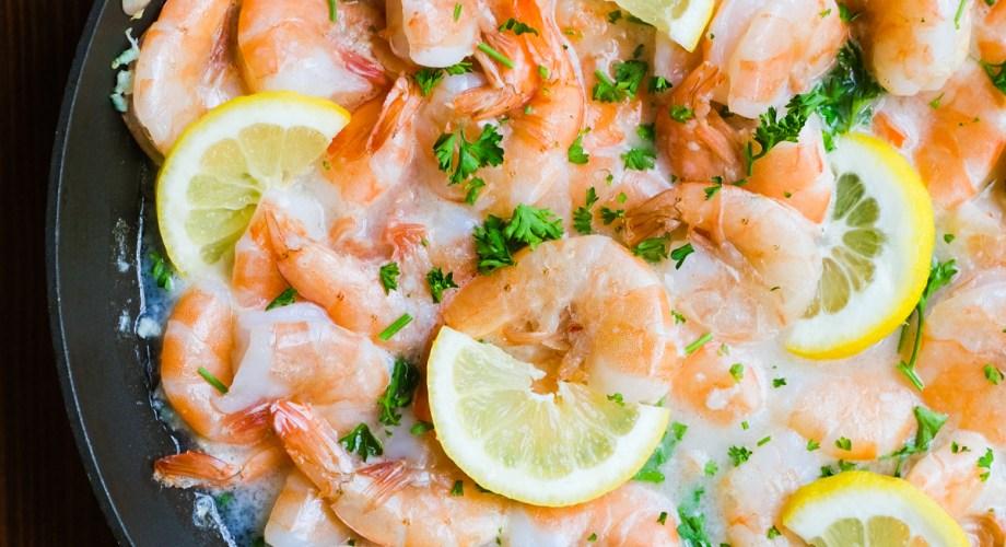 Lemon Garlic Shrimp in White Wine Sauce