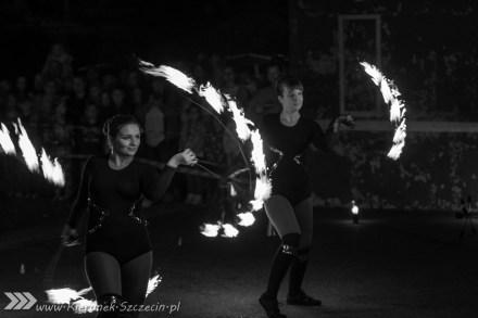 Szczecin, kierunek Szczecin, Teatr Ognia Lascar, fotoreportaż, zakończenie lata, galeria zdjęć, Lascar, ogień, fotografie