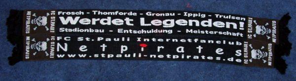 Werdet Legenden - Netpirates - Schal