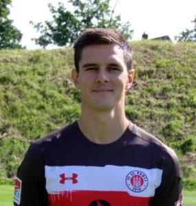 Portraitfoto Johannes Flum, Profispieler beim FC St. Pauli, 2017-18