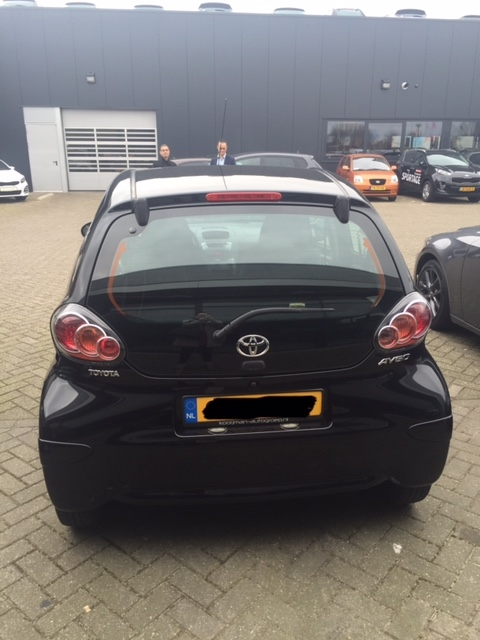 Nieuwe auto, Toyota