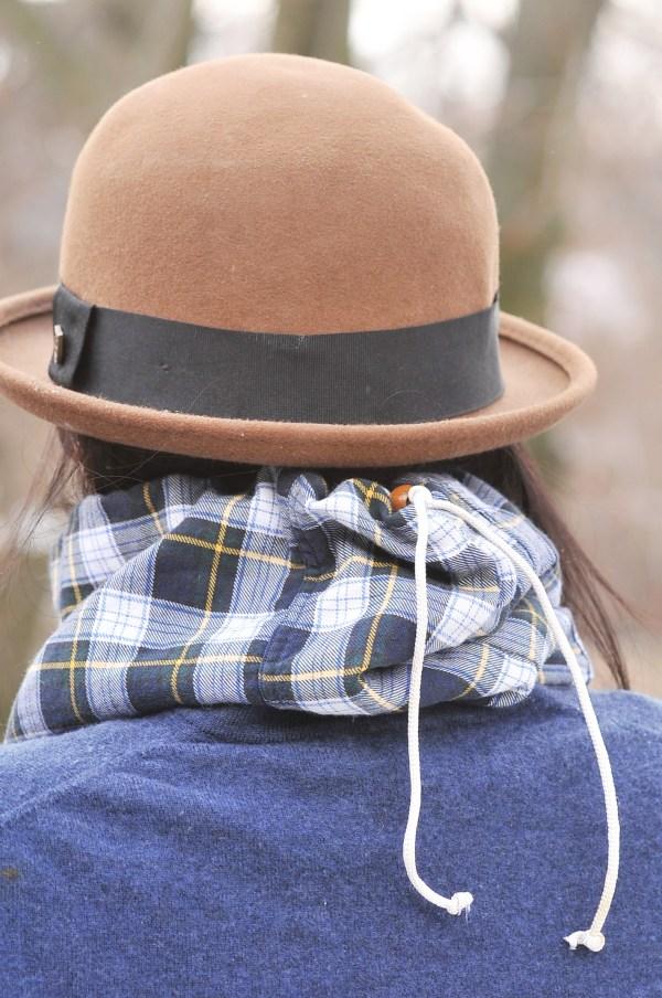 Flannel and Fleece Drawstring Neck-warmer, Kiku Corner 1