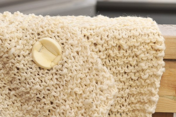 DIY: Woolly Rustic Knit Infinity Scarf and Free Pattern - Kiku Corner
