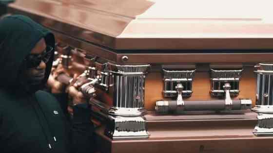 Peezy teki muistobiisin Team Eastside Snoopille – katso musavideo!
