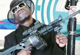 Killahoe Premiere: M.C. Mack julkaisi uuden musavideon klassikkobiisille 'EZ Come EZ Go'