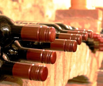 5 World's Oldest Wines to Explore