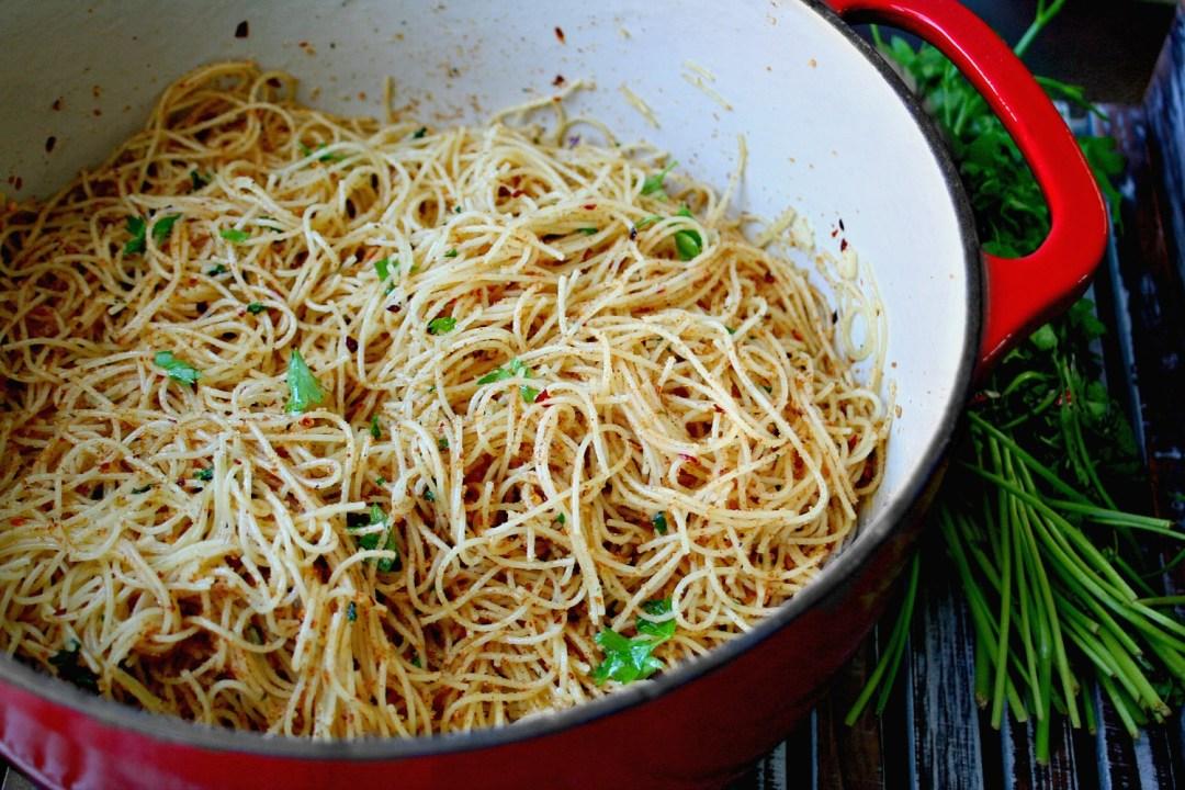 how to cook aglio olio pasta
