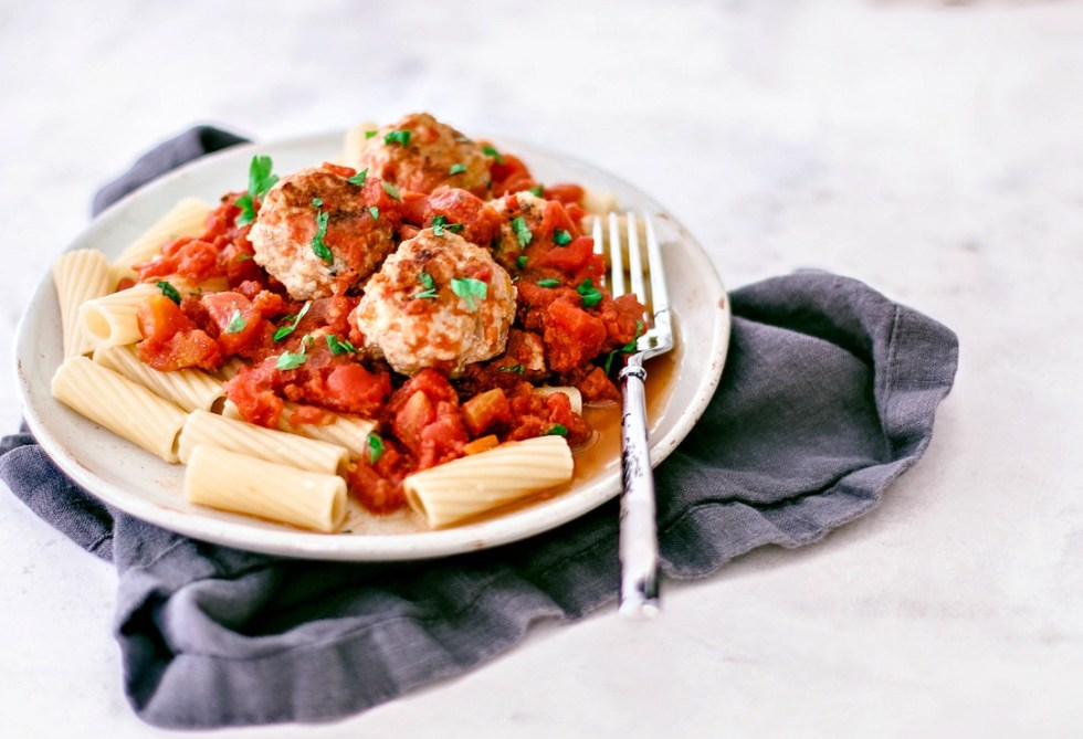 Turkey meatballs and sauce over rigatoni