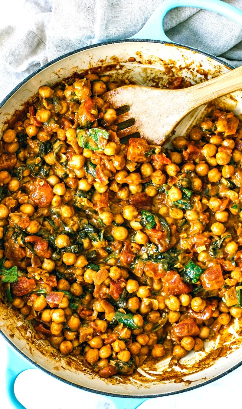 Vegetarian Chickpea Curry in pan.