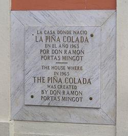 250px-pina_colada_plate_in_old_san_juan_puerto_rico