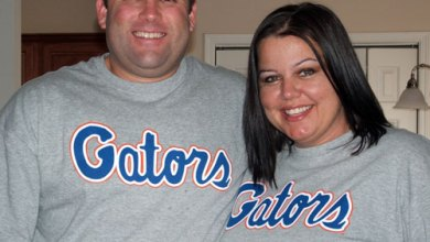 Photo of Mns36 and SamCat!!! Showing Their Gator Pride!