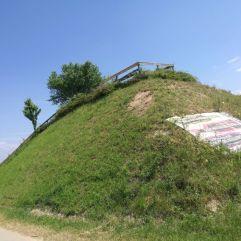 Der Aussichtshügel im Weingebirge...