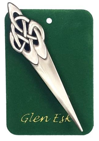 Antiqued Knot Kilt Pin