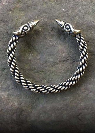Raven Bracelet Medium Braid