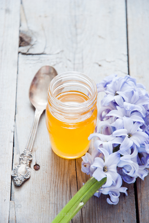 benefits of bees honey