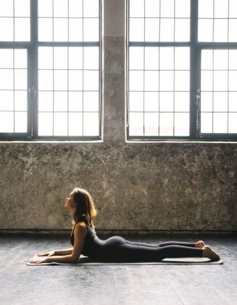 sacral-chakra-yoga-sphinx