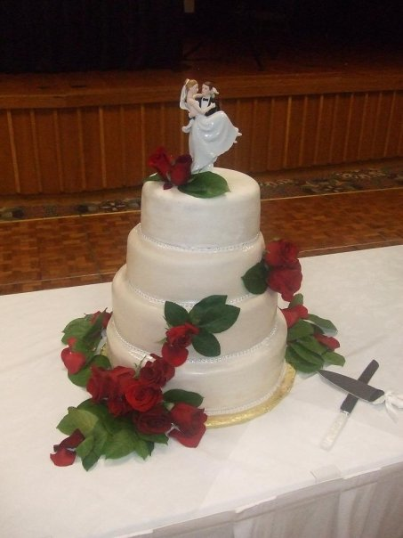 daddycakes   gina's wedding cake