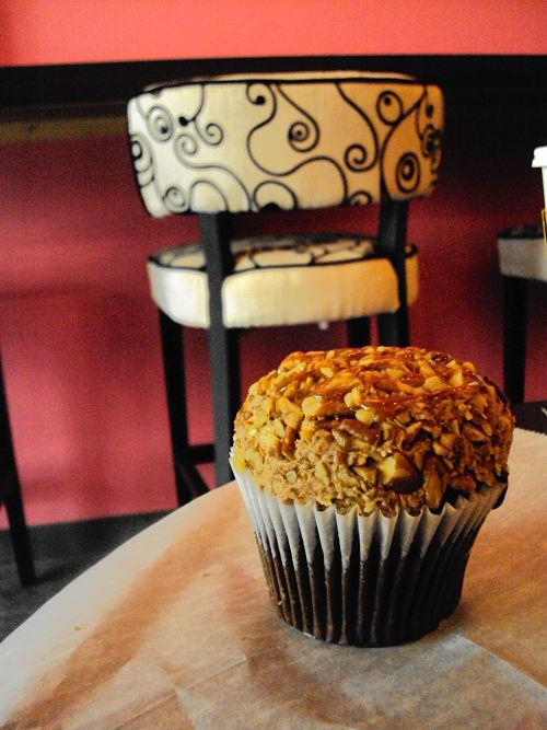 gold digger cupcake cupcakes a la mode leawood kansas