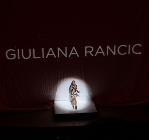 giuliana rancic hosts fashion for a cause kansas city