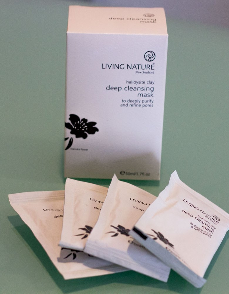 living nature deep cleansing mask