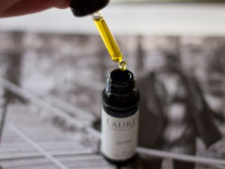 laurel eye serum