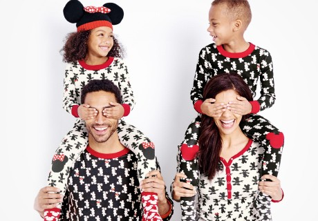 mickey_mouse_matching_family_pajamas_disney
