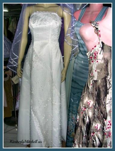 Yemeni Wedding dress - The Wedding - Tales of Yemen - KimberlyMitchell.us