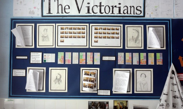 Year 6 look at the Victorians