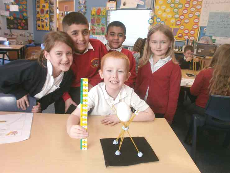 Science Week : Spaghetti Structures in Years 1 & 2