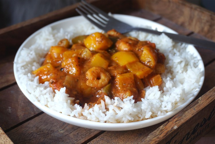 Cuban style prawn and mango stew | healthy gluten free recipe