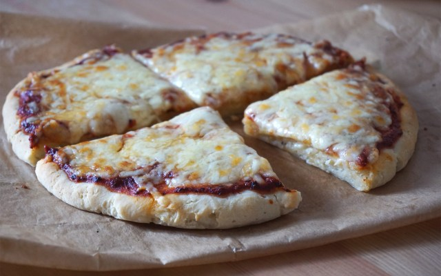 Gluten + Dairy Free Yoghurt Pizza Dough {With & Without Yeast}