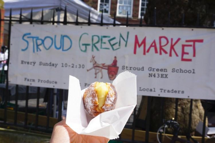 Dairy free and gluten free doughnut from Floris Bakery in Stroud Green Market | Gluten free Stroud Green Market guide | Gluten free Finsbury Park
