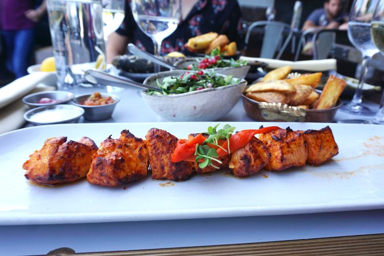 Gluten free chicken shish wit salad and chips from Skewd Kitchen in Cockfosters | Gluten free Cockfosters | Gluten free Barnet | Gluten free North London | Gluten free Turkish restaurant