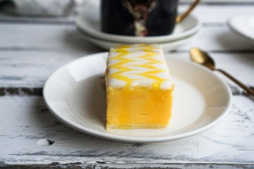 Homemade gluten free custard slices made with a quick and easy eggless custard + genius gluten free puff pastry