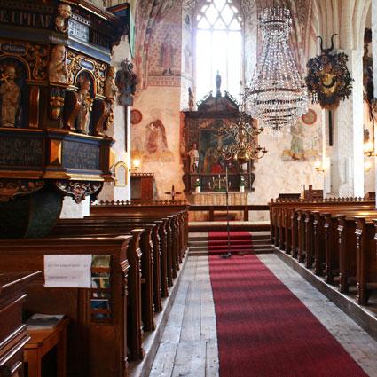 Sauvon kirkosta sisäkuva
