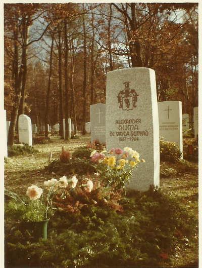 Grób Aleksandra Duma de Vajda Hunyad juniora w Monachium
