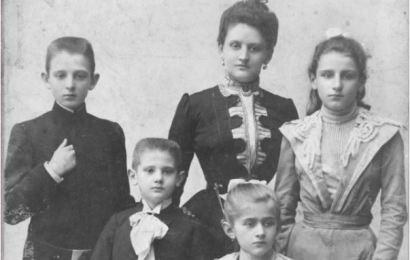 Archiwum Akt Nowych Mama i młodzi Dumowie