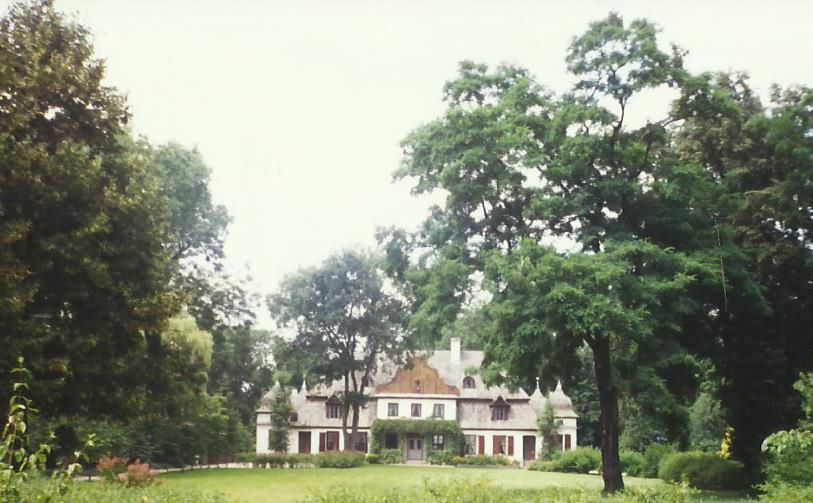 Dwór w Koszutach – Muzeum Ziemi Średzkiej