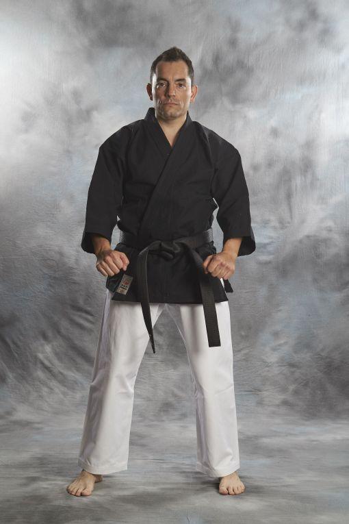 Kenpo Gi Bujin kuro shiro 14OZ de color negro
