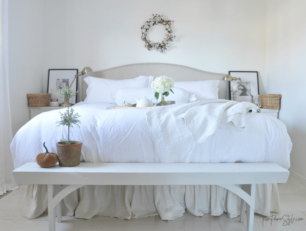 How To Add Fall Decor To The Bedroom