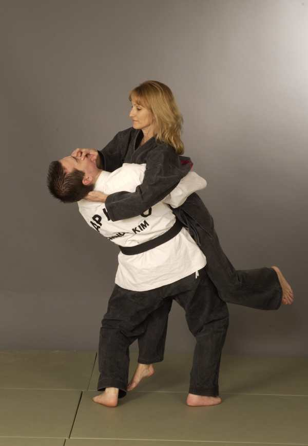 Kim's Hapkido » SELF DEFENSE FOR WOMEN
