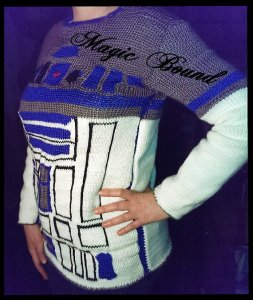 R2D2 sweater by TheShabbyFactory on Etsy
