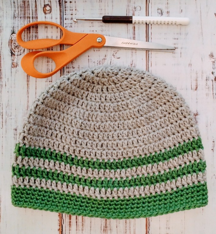 Free pattern for the simplest crochet hat! http://kimwerker.com/blog