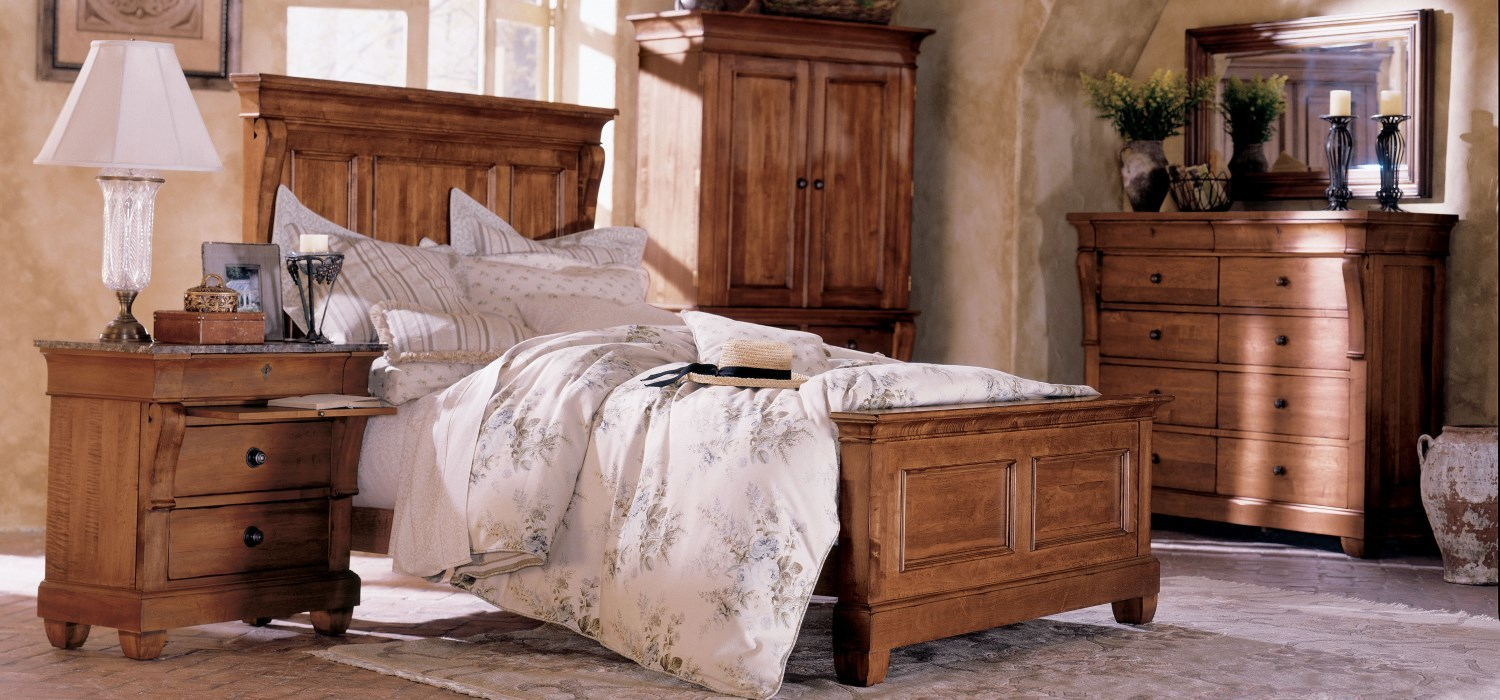 Tucscano Solid Wood Bedroom Dining Room And Living Room
